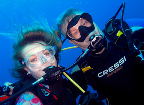 Learn to dive - Indigo Divers Grand Cayman Image 3
